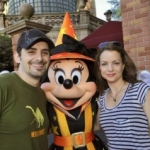 Brad Paisley Celebrates Birthday in Disney World