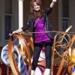 Mariah Carey and Debby Ryan to Perform for Disney Parks Christmas Parade