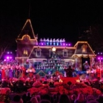 20 Nights of Candlelight Ceremony Performances Scheduled for Disneyland
