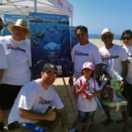 Disney VoluntEARS Participate in Worldwide Coastal Cleanups