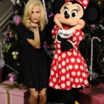Star Sighting: Pixie Lott Poses with Minnie at Disneyland Paris