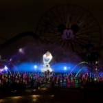 Disneyland's Holiday Celebration Features 'Frozen' Characters