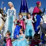 Disney Parks Frozen Christmas Celebration Airs December 25 on ABC