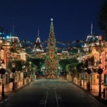 Holidays at the Disneyland Resort Returns November 13 through January 6