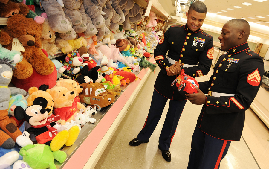 Toys For Tots Foundation Headquarters : Local toys