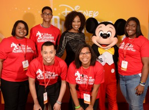 Yolanda Adams Welcomes 2014 Disney Dreamers Academy to Walt Disney World Resort