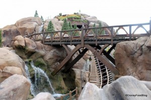 Seven-Dwarfs-Mine-Train-2-600x400