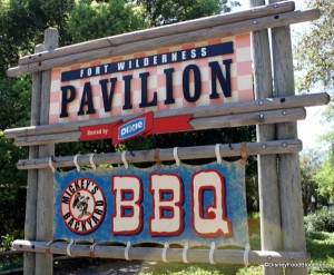 Mickeys-Backyard-BBQ-Sign-600x495