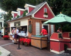 2016-Epcot-Holidays-Around-the-World-American-Holiday-Table-booth-1-700x551