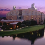 Walt Disney World Swan and Dolphin Hotel Announces Room Deal for Grandparents Day