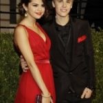 Selena Gomez and Justin Bieber Step Out Together Officially As a Couple