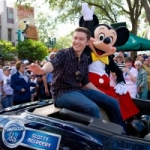 Star Sighting:  Scotty McCreery and Mickey Mouse Greet Fans at Walt Disney World