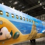 WestJet Debuts New 'Frozen'-themed Aircraft