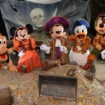 Pirate-Themed PhotoPass Options Available at Disney Parks